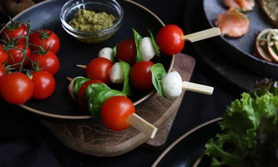 Unser Service hilft Ihnen dabei, Ihre Veranstaltung zu einem kulinarischen Erfolg werden zu lassen.
